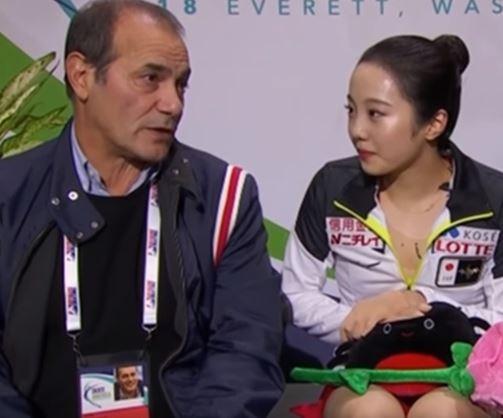 本田真凛コーチ