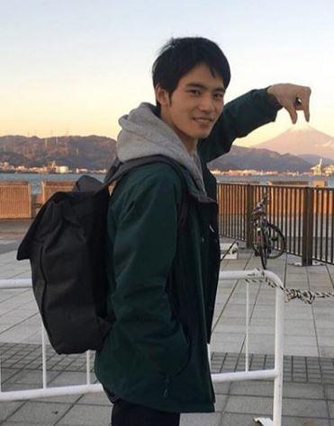 岡田健史プロフィール